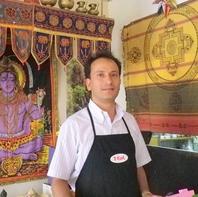 本格的で上品なインド・ネパール料理を味わえる