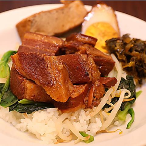 【成蹊学園前】 本格台湾料理をリーズナブルに!今大人気のタピオカもご用意◎
