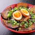 料理メニュー写真焼豚丼