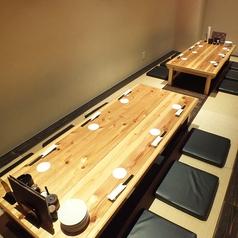 会社宴会や、仲間内の飲み会に◎10名様以上の宴会に最適な個室はお早めのご予約がお勧めです。