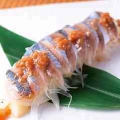 料理メニュー写真秋刀魚のカルパッチョ