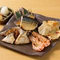 料理メニュー写真炙り海鮮4種の味比べ