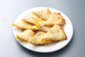 料理メニュー写真ポテトチーズナン