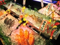 入口横には早朝に仕入れた魚が勢ぞろい!!