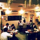 1階席は15名からフロア貸切もできます。気の合う仲間とお互いのテーブルを行ったり来たりしながらワイワイ楽しむことも可能です♪コンパや会社宴会などに是非ご利用下さい。