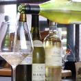 主にフランス、イタリア産のワインご提供いたします。各国のビール、カクテル、自家製ジンジャエール、ノンアルコール、ソフトドリンク各種ご用意しております
