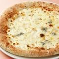 料理メニュー写真クアトロ フォルマッジョ(イタリア産4種類のチーズ)