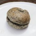 料理メニュー写真黒ごまベーグル