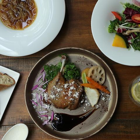 10食限定! メイン料理が鴨のコンフィのランチコース