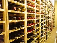 お料理に合うワインを、ワインソムリエがご提案します。