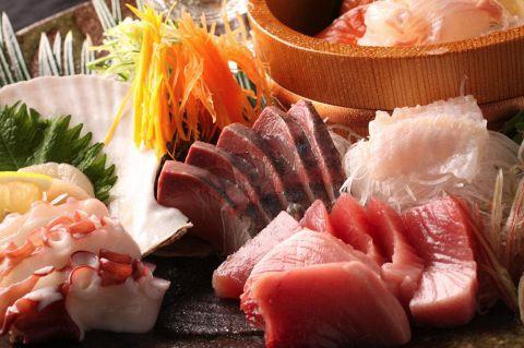 産地直送の旬菜旬魚と木のぬくもりを感じる落ち着く店内【海畑】大小ご宴会承ります!!