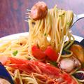 料理メニュー写真フレッシュトマト&5種の魚介のペスカトーレビアンコ