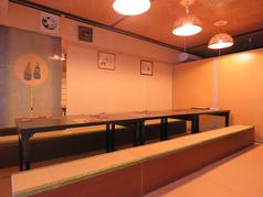 最大24名様までOKのお座敷テーブル席です。大人数でのご宴会もお任せください。