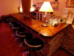 1階イベントルームのカウンター席。イベント時もバーテンダーがお作りする美味しいお酒をお愉しみいただけます♪