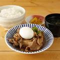 料理メニュー写真半熟玉子入り肉豆冨定食 【牛バラ】または【牛スジ】