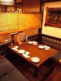 テーブル席も多数ございます。急なお食事会や、会社帰りに一杯したい時などご利用ください。