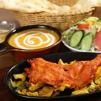 本場の料理人が作る本格インド料理の数々!