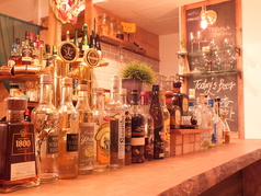 cafe & bar MEDIUMの画像