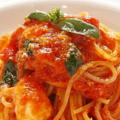 料理メニュー写真トマトソースとモッツアレラのスパゲティー