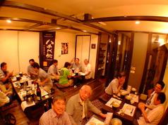 一つの空間で最大で25名様までのご宴会を承れます。取り分け不要の一人一皿盛りの会席料理をご提供します。