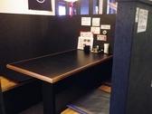 テーブルのお席もございますのでお子様連れなどご家族のお客様でも寛いでお食事できます。
