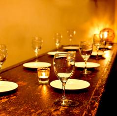 モダンなソファー席が人気!ゆったりとしたお席でご宴会やパーティー、女子会を♪少人数から大人数までお客様のご要望にお答えいたします!お気軽にご相談ください♪
