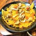 料理メニュー写真鶏とキノコのパエリア