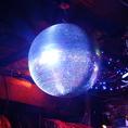 【PARTYに◎各種設備利用OK】ミラーボールが雰囲気を演出!