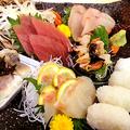 料理メニュー写真【四日市居酒屋でご堪能】本日の鮮魚五種盛り合わせ