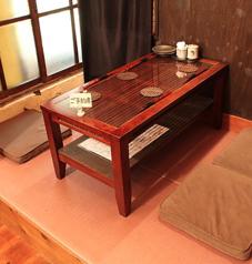 <半個室4名テーブル×1卓>ございます。2階に潜む唯一の半個室!ご来店時には是非ご予約を★
