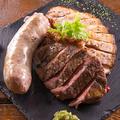 料理メニュー写真肉3種盛り合わせ