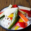 料理メニュー写真自家製彩り野菜のピクルス