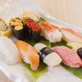 料理メニュー写真炙り寿司(五貫)/蝦夷づくし(五貫)