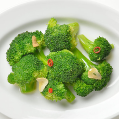 〔冷菜〕ブロッコリーのガーリック風味