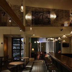 Cafe&Bar poco rit.の雰囲気1