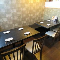 【テーブル席】2~4名様向けのテーブル席あり