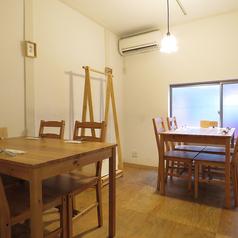 【2階】女子会や誕生日会など、貸切パーティーに大人気のお席。6名様以上で完全個室をご用意★落ち着いた空間でゆったりとお食事を楽しんでいただけます。