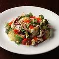 料理メニュー写真海老とアボカドのAQUAROOMサラダ
