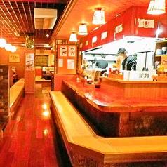 【1F】カウンター席!デート・合コンなど・・新密度UP!充実の150分飲み放題+料理6品コースなど各種ご宴会にも最適です!浦添市で飲み会なら当店へ★