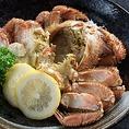 「いろりあん」では北海道の海の幸をリーズナブルにご提供!ホッケやカニ、いくら、ボタンエビなど道産魚介を多数取り揃えております。