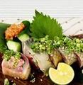 料理メニュー写真【人気No2】〆鯖の昆布巻き もろ味噌きゅうり添え