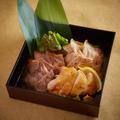料理メニュー写真熟成肉 3種盛り合わせ ~柚子塩・柚子胡椒・粒マスタードで~