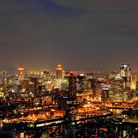 【大阪の絶景が見渡せる人気のカウンター席をご用意】