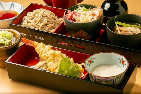 北海道十割 蕎麦群  ル・トロワ店