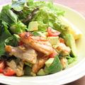 料理メニュー写真能登豚とアボカドのサラダ