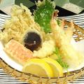 料理メニュー写真季節の天ぷら