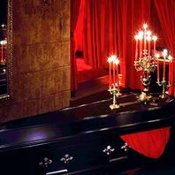 赤×黒の妖艶な個室17室
