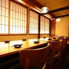 隠れ家個室居酒屋 鳥道楽 新宿店の雰囲気1