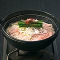 料理メニュー写真三元豚の濃厚豚骨鍋