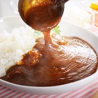 老舗洋食店のスパイスの効いた本格カレーは常連から人気